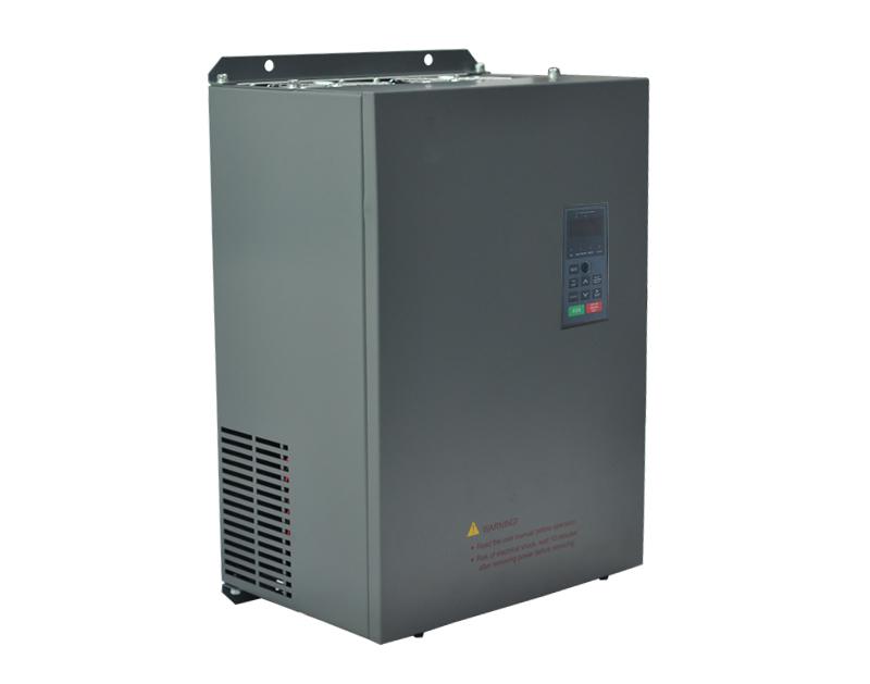 三相110/132KW 380V  YDL-650变频器