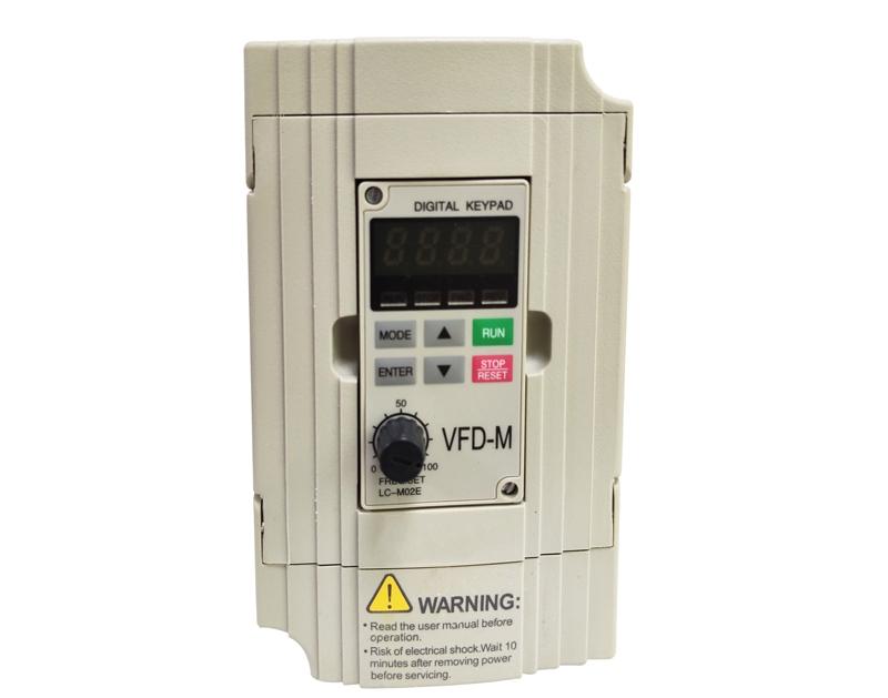 单相0.75KW 220V YDL-500变频器
