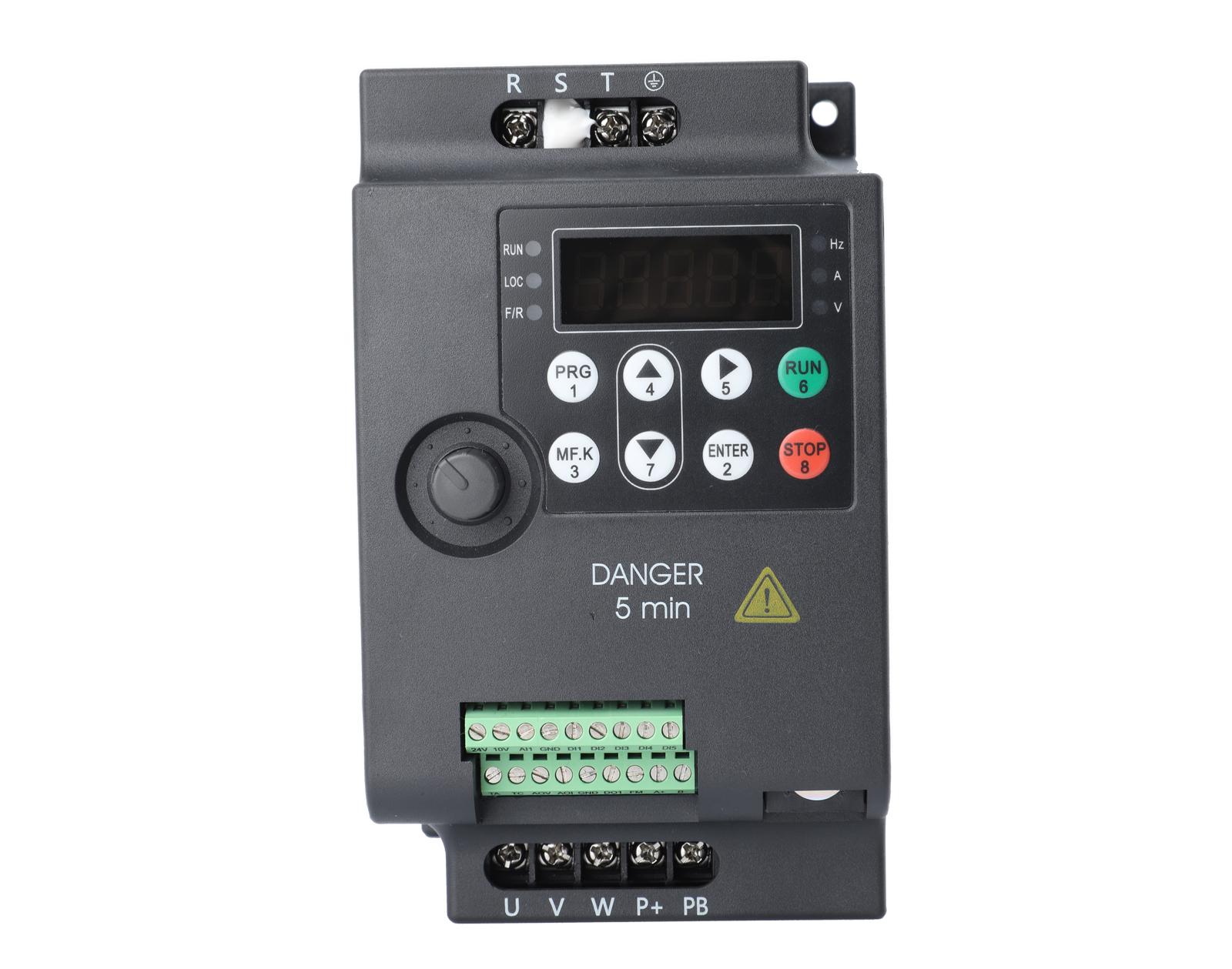 三相5.5KW 380V  YDL-630变频器